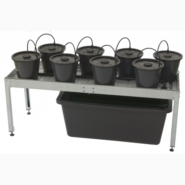 Aero Grow Dansk Table S // 01