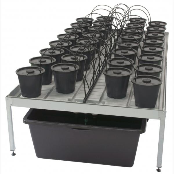 Aero Grow Dansk Table XL // 01
